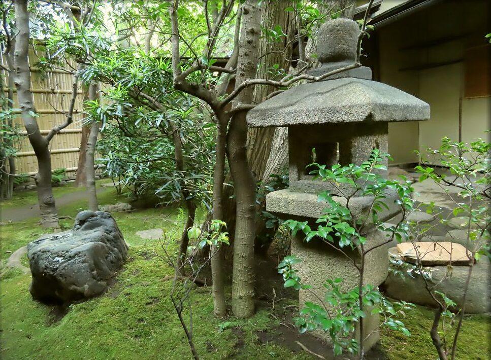 石灯籠 露地 茶室