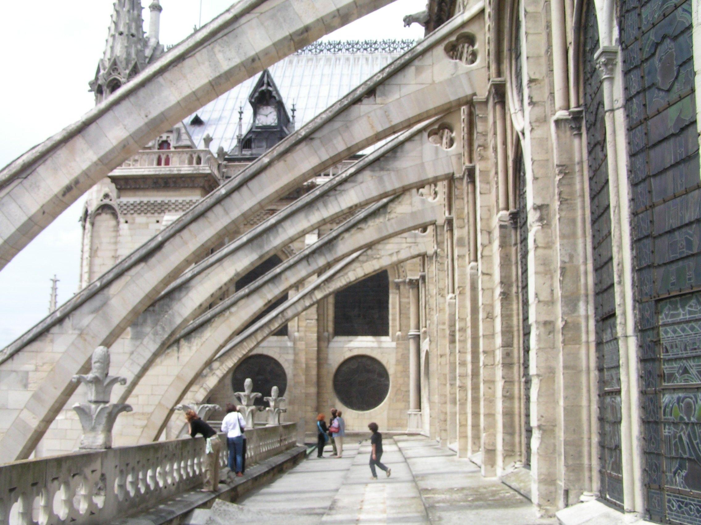 フライングバットレス ノートルダム大聖堂