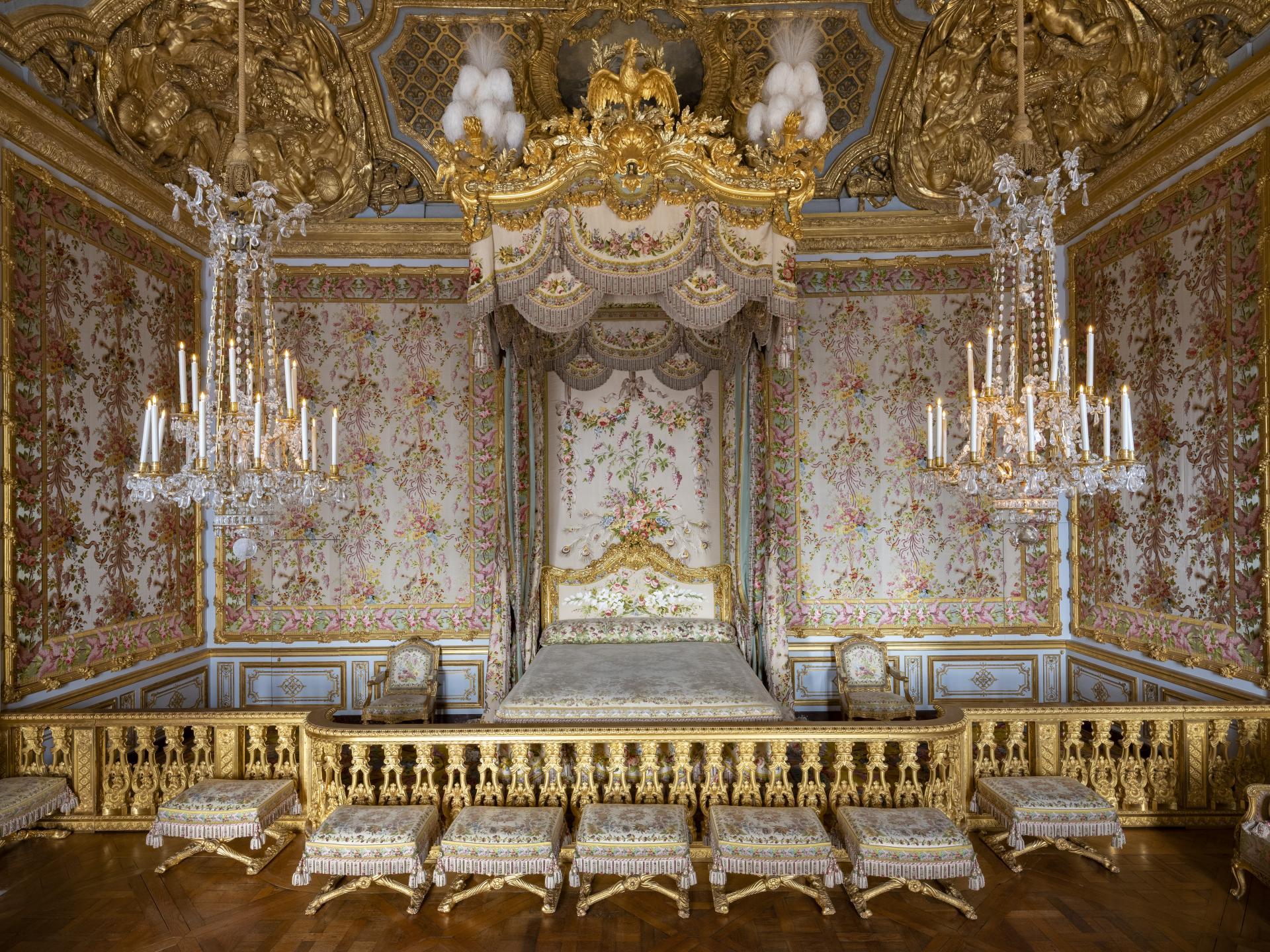 ヴェルサイユ 王妃の寝室