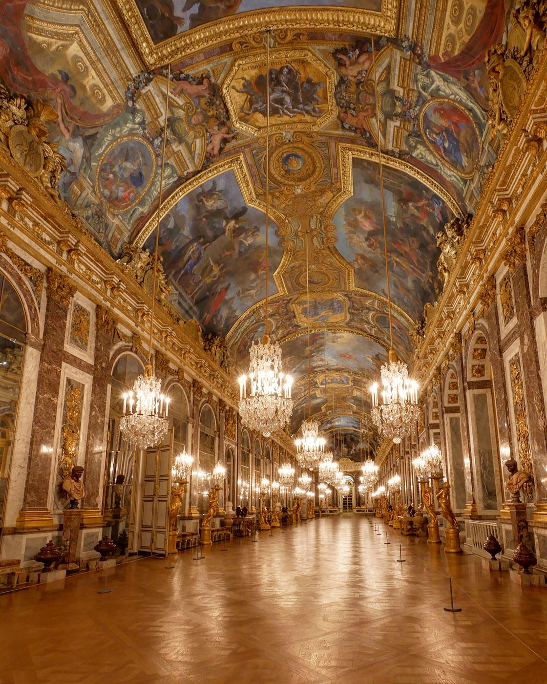 鏡の回廊 天井 シャルル・ル・ブラン
