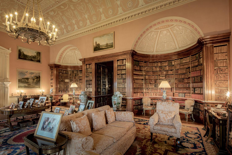 ヘアウッド・ハウス 図書館