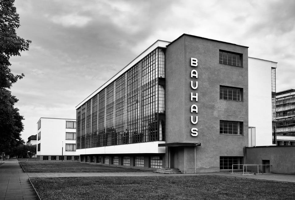バウハウス BAUHAUS